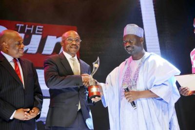 Photo News: Emefiele Receives 2017 THE SUN Public Service Award