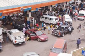 Photo of December: Petrol Sold Above N145/l In 20 States, Says NBS