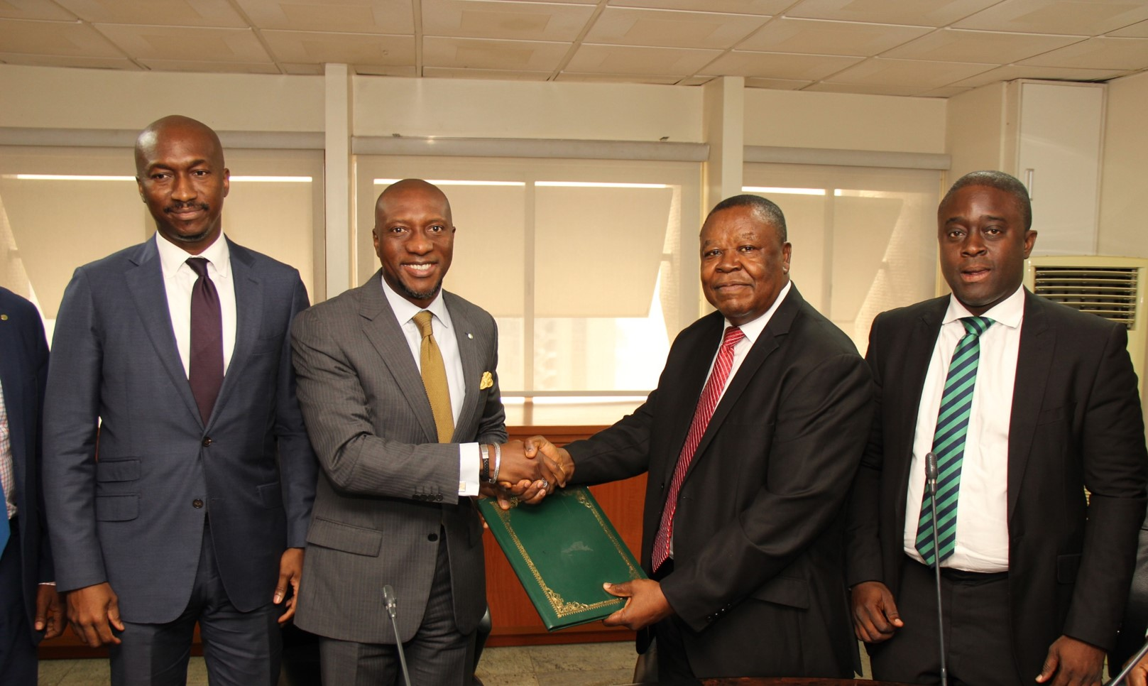 Photo of Photo News: Nigeria's Bourse, Stockbroking Houses Sign MoU For Commodity Exchange