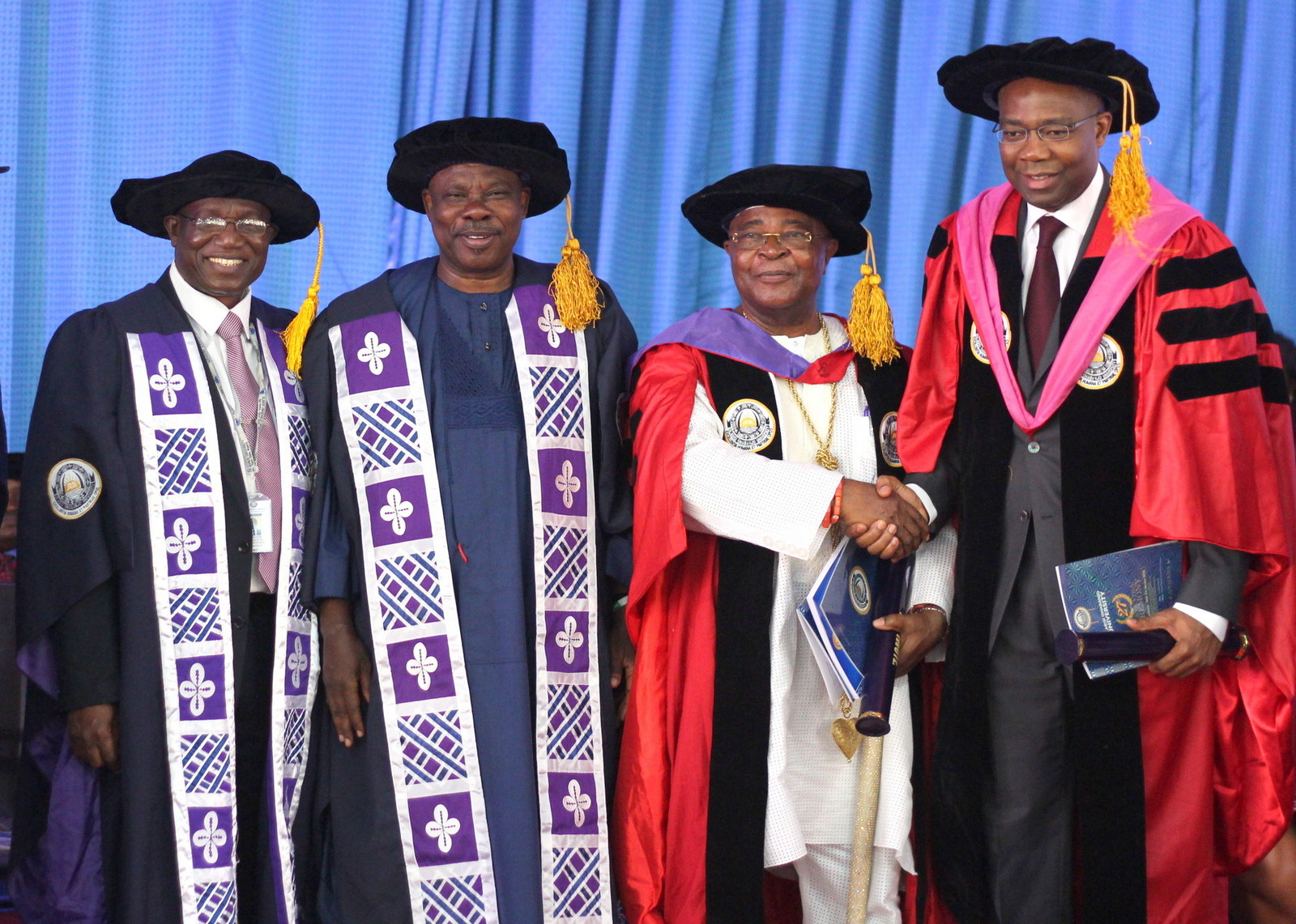 Photo of Photo News: Ogun Varsity Awards Aig-Imoukhuede Doctorate Degree