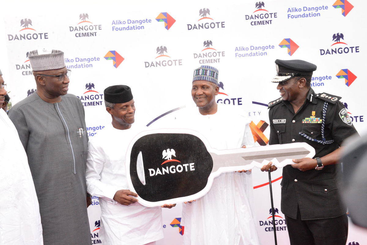 Photo of Security: FG Applauds, As Dangote Presents 150 Patrol Cars To Police