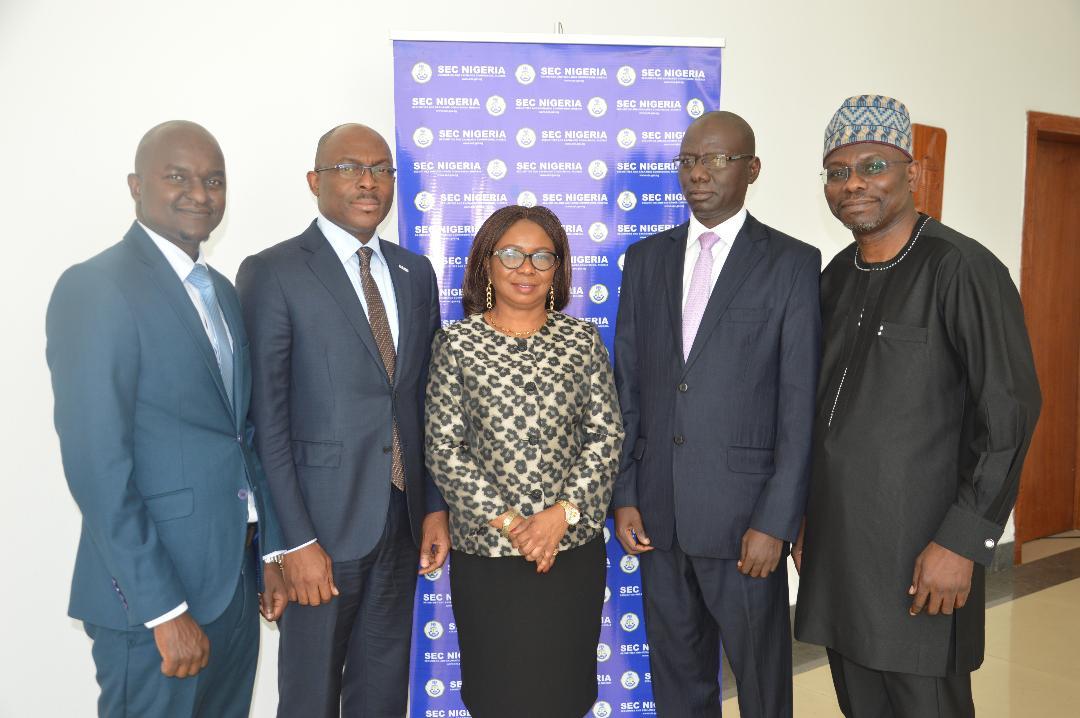 Photo of Photo News: SEC Nigeria DG, FMDQ  Boss At Launch Of Green Bond Rules