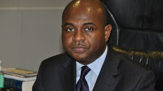 Photo of FX Ban: Respect Autonomy, Stop Ordering CBN, Muoghalu Tells Buhari