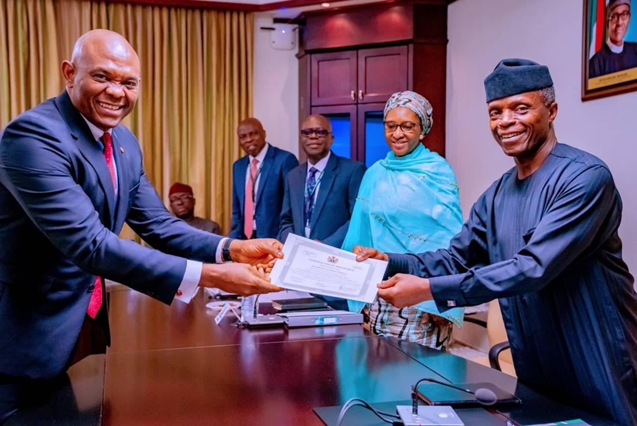 Photo of Transcorp Hotels Fulfils Post-Privatisation Obligations, Gets Certificate From Osinbajo